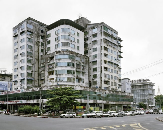 Hans-Christian Schink: Swegondaing and Kabar Aye Pagoda Roads, Yangon