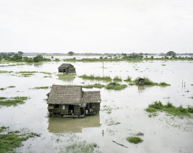 Hans-Christian Schink: Twantay Canal. Flooded Banks
