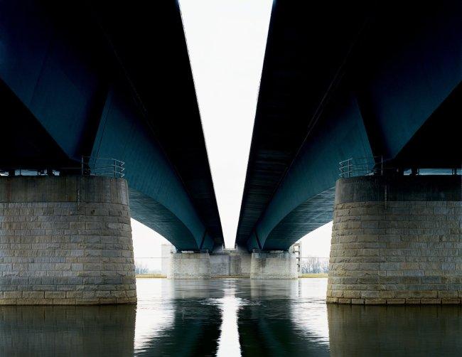 Hans-Christian Schink: A 2, Elbebrücke bei Magdeburg