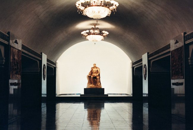 Hans-Christian Schink: Pjöngjang Metro 8