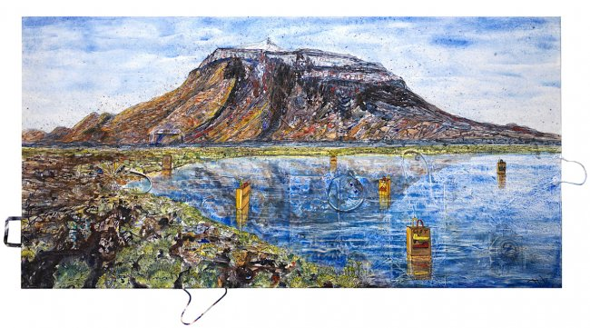 Thitz: UC Island Herdubreid, 2020, Acryl und Tüten auf Leinwand, 100 x 200 cm