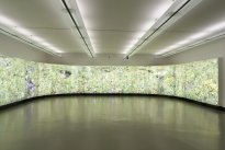 Hiroyuki Masuyama: Flowers, 2004 - 2016, LED Lightbox, Unikat, 238 x 2800 x 30 cm, Ansicht 3